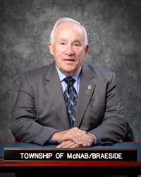 Mayor Tom Peckett photo