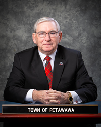 Mayor Robert Sweet photo
